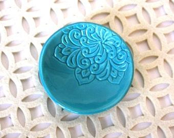 Handmade Wedding Ring Holder, Turquoise Ceramic Engagement Ring Dish or Jewelry Holder.  Engagement gift, shower gift, bridesmaids gift