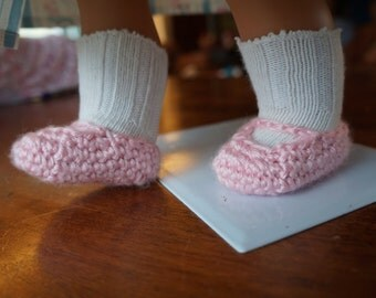 """DOWNLOAD TODAY Crocheted Mary Janes for 18"""" Dolls Crochet Pattern"""