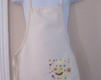 Adorable Child's Embroidered Apron