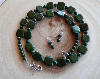 25 Inch Dark Forest Green Copper Jasper Necklace with Earrings
