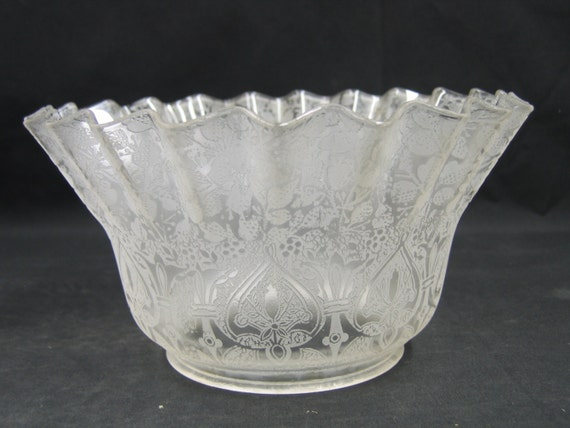 7576 One Etched Glass Lamp Shade Gasolier Victorian 4
