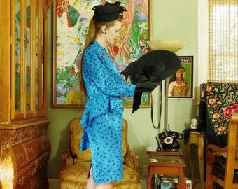 Vintage 80s Leopard Blue Suit . Retro 40s. Madonna Era Cerulean Jacquard Suit . APOSTROPHE label . Double Peplum Jacket . Pencil Skirt . 8 .
