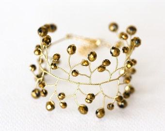 61_Gold crystal bracelet, Wedding bracelet, Bridal jewelry, Gold accessory, Vine bracelet, Gift for woman, Gold jewelry, Bridesmaid jewelry.