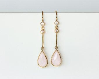 649_Pink crystal earrings, CZ crystal earrings, Gold wedding Jewelry, Gold jewelry, Wedding earrings, Earrings Blush Pink, Crystal earrings.