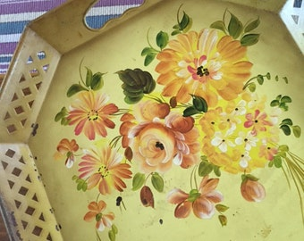 Vintage tole/toleware tray, Nashco, yellow tray with orange,pink flowers