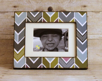 5x7 5x5 4x6 Modern Arrows Photo Frame | Modern Chevron Wood Frame | Geometric Print Picture Frame | Colorful Chevron Frame