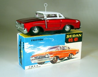 Vintage Tin Friction Sedan MF998 from Red China, dating from the mid 70's