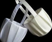 Plain Ivory Flower Girl Basket / White Flowergirl Basket / Simple Ivory Flower Girl Basket