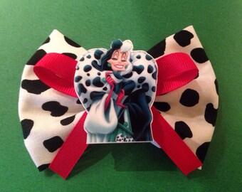 SUPER SALE Cruella devile hair bow