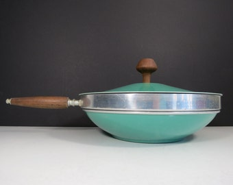 Mid Century Chafing Dish // Retro Mod Teal Green Enamel Fondue Pot with Wooden Handles Vintage Buffet Serving Warming Dish