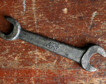 Vintage Antique Ford Motors Model T Open End Box End Wrench T-1917 1920s