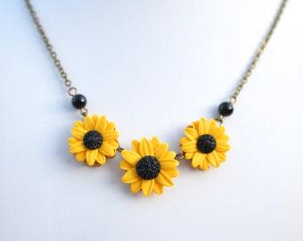 Yellow Sunflower Centered Necklace, Sunflower Necklace, Trio Flower Necklace, Yellow flower Necklace