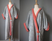 Quilted Silk Robe / Vtg 30s / Oriental Sky Blue Embroidered Kimono Style Robe / Silk Dressing Gown