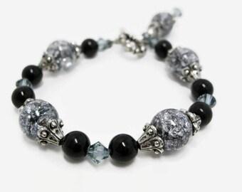 Crackle Glass Bracelet womens beaded bracelet handmade jewelry black bead bracelet glass jewelry toggle bracelets clear glass bracelet