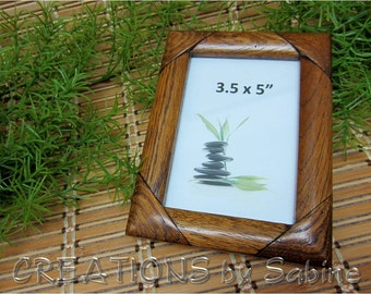 FREE SHIPPING Wooden Picture Frame, 3.5 x 5 Inches Rustic Woodwork Simple Dark Brown Wood Detail Tabletop Glass Vintage (486)