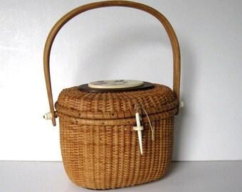 SALE, Vintage Barlow Nantucket basket purse, Woman's accessory, Hummingbirds scrimshaw, signed  handbag, gift idea