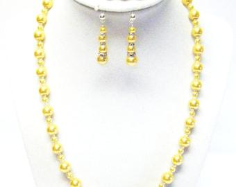 Yellow Gold Glass Pearl Necklace/Bracelet & Earrings Set