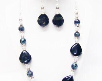 Round Crysta Shell w/Tear Drop Shape Ceramic Beads Necklace/ Bracelet/Earrings