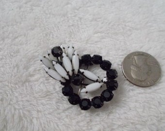 Vintage Black N Milk Glass Rhinestone Brooch-Pin-P4113