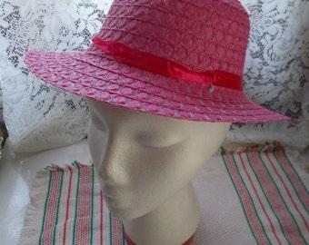 Very Nice Girls Sunbonett-Hat-EXCELLENT Condition -Pink