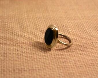 Sarah Coventry Jet Elegance Gold Tone Ring - Vintage 1968