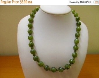 ON SALE Vintage Green Plastic Beaded Necklace Item K # 3065