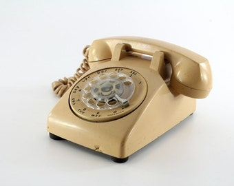 1970's Tan Rotary Telephone