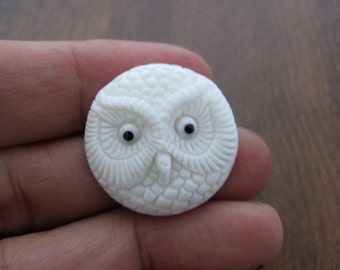 25mm (0.98 inch)   Excellent Detail hand Carved  owl cameo , Bone Carving, Jewelry making Supplies  B5310