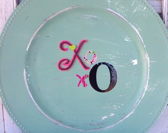 Set of 12 XoX0 Charger Plates, Distressed, Mint Tablescape, Valentine's Day