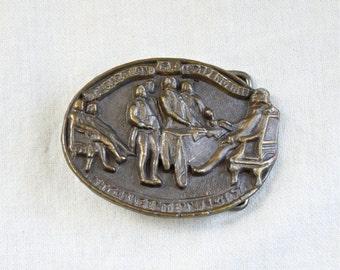 Vintage Bicentennial belt buckle…1976…Declaration of Independence.