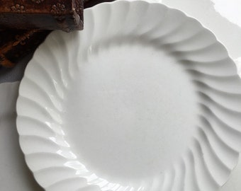 Set of  5 Johnson Bros England Regency White Salad Plates made in England White Ironsone 8 inch