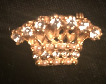 Goldtone Vintage Pin with Rhinestones