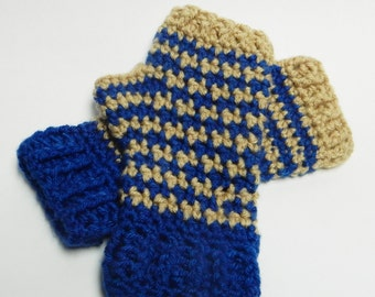 Show off your Hogwart's House Colors with these comfy hand warmers/fingerless gloves (Houndstooth pattern)