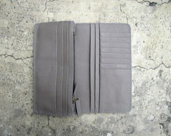 BASIC - Grey Etoupe Bi Fold Fine Italian Calf Leather Travel Wallet