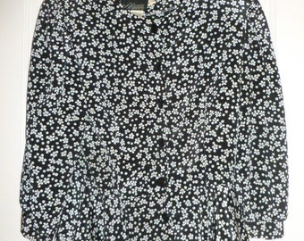 SALE Alexis Fashion Size 11-12 Black & White Blouse Made In USA