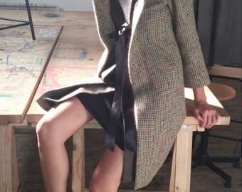 3/4 green wool coat / coral / brown / adjustable. 03216