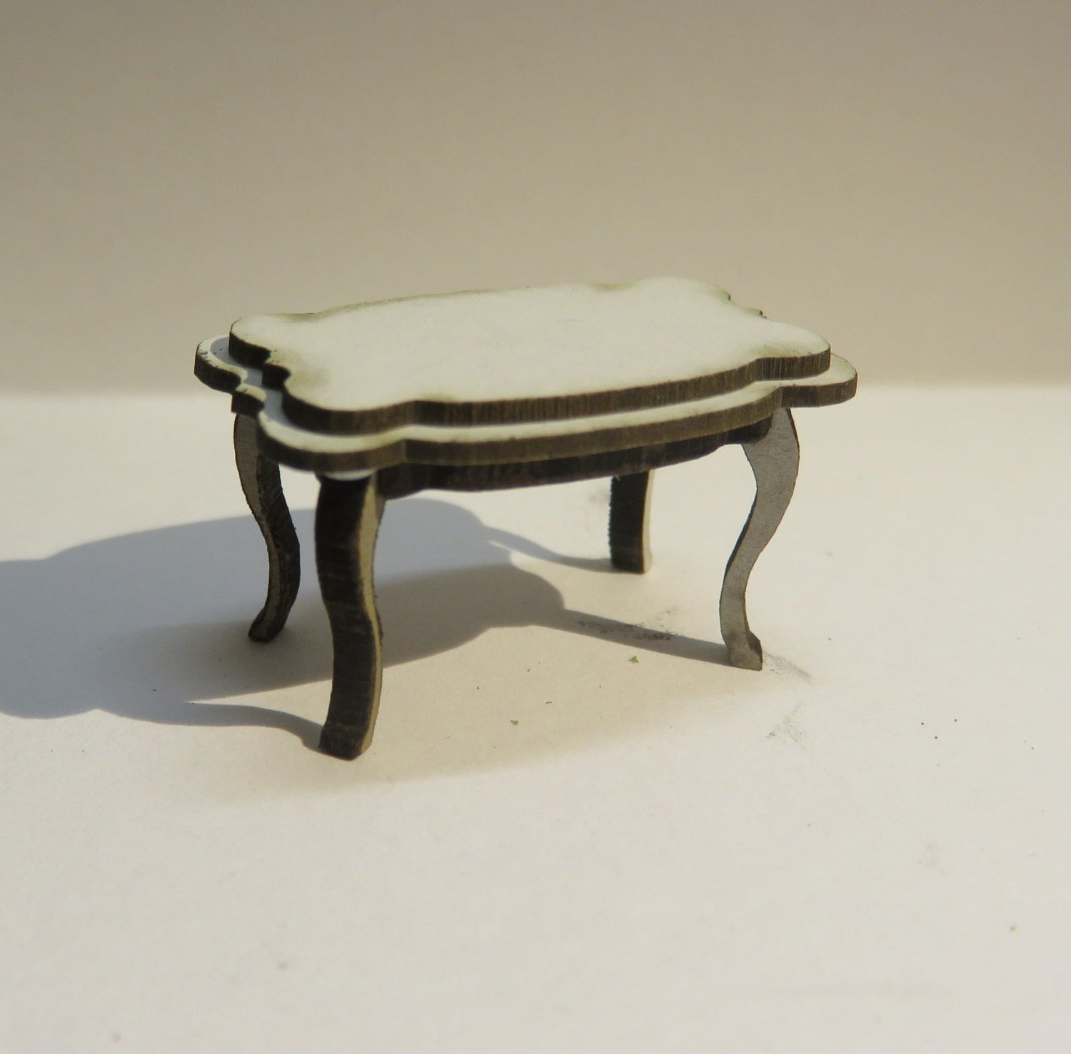 Dollshouse Miniature Rococo Coffee Table 1 24 Scale Half