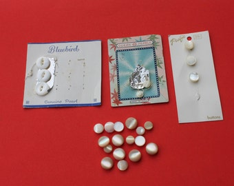 Vintage lot of small miniature mother of pearl shell buttons, Doll clothes craft sewing