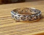 Vintage 9ct gold and silver ring, with spinel stones, looks diamond, eternity band or dress ring