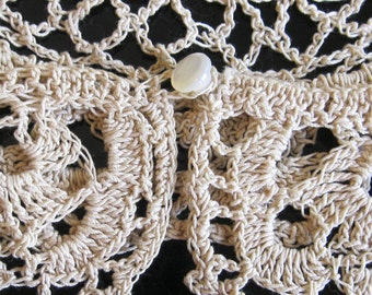 """Antique Ecru / Off White Crocheted Lace Collar /Necklace - Lacy Pattern with Shell or Mother of Pearl Button Fastener 3"""" wide x 17"""" Long"""