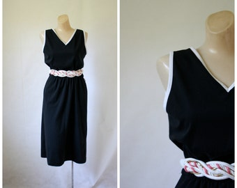 1970's Dress / Vintage Dress / Little Black Dress / LBD / Vintage 1970's Dress S/M