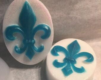Oval FLEUR DE LIS Soap, Mother's Day, Housewarming, Guest, Gift