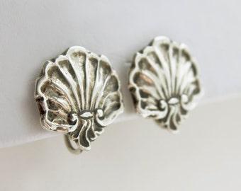 Vintage Sterling Seashell Earrings, scallop shell earrings, sterling repousse shell earrings, sterling silver seashell earrings, on sale!