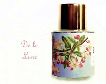 "Perfume Oil Natural Perfume oil Vanilla Dust, Moonlight Flowers, Driftwood ""De La Lune"""