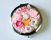Pink Decoden Compact
