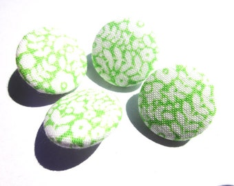 Green Liberty Print Cotton Covered Button - 2cm wide - Liberty Cotton - Fabric Covered Buttons - Green Floral Buttons - Green Liberty Print