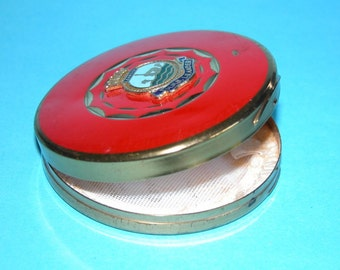Rare WWII Sweetheart Compact. HMS Leander/Mascot/Brass and Enamel comes with puff and sifter.