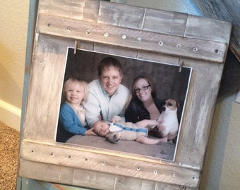 Custom Wood Sign, 8x10 Picture Frame, rustic, clothes pin clips, antiqued, Family Photo, Picket frame, Family Sign, Shabby Home Decor