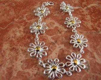 Ladies Silver Daisy Bracelet