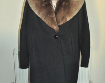 SALE reduced from 124.97 pounds- Bespoke Vintage 1920's Lined Black Flapper Coat with Brown Fur Collar Lined with Satin